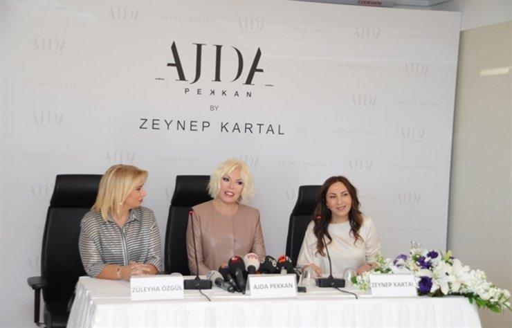Ajda Pekkan, dünyaca ünlü Türk tasarımcılar Zeynep Kartal ve Zülayha Özgül ile London Fashion Week'te özel bir defile düzenleyecek.