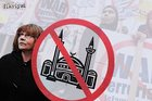 Avusturya'nın kabarık 'İslamofobi' dosyası