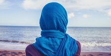 UK schools to question Muslim girls wearing headscarf