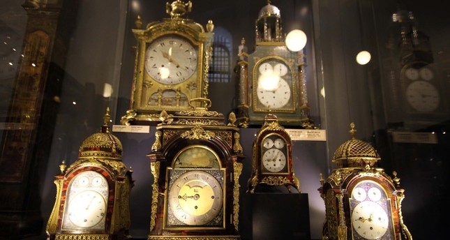 No time to wait to see Istanbul's antique clock collections