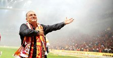 'The Emperor' strikes back: Terim breaks his own record