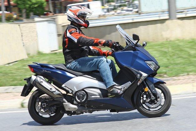 MOTOSİKLET - Yamaha T-Max