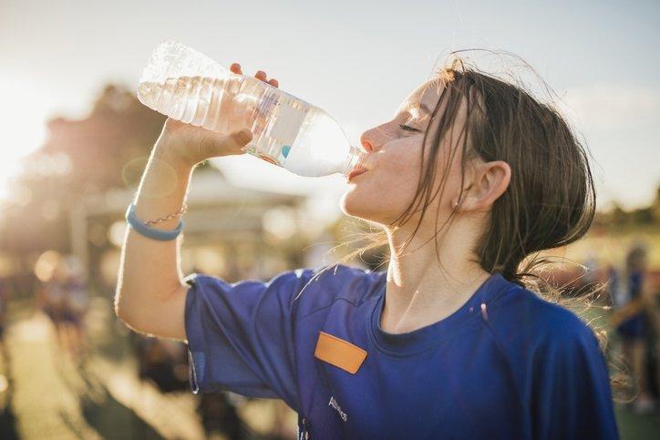 Kışın yeterli miktarda su içmek için 7 püf nokta
