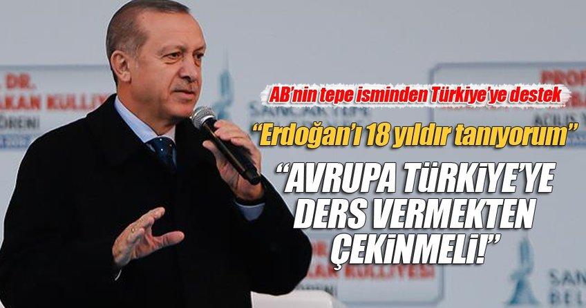 AB Komisyon Başkanı Juncker: Avrupa Türkiye'ye ders vermekten çekinmeli