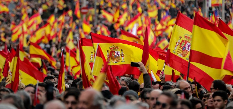 RIGHT-WINGERS RALLY IN MADRID TO CALL FOR EARLY ELECTION AND DEMAND SOCIALIST PM RESIGN