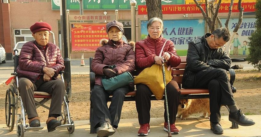 Dünyanın en kalabalık ülkesi Çin hızla yaşlanıyor