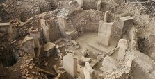 New temples, stones found in Turkey's Göbeklitepe site