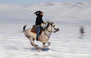 On horseback, Kars locals breathe new life into ancient sport