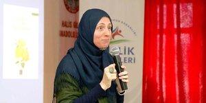 İslamı seçen Amerikalı yazar İmam-Hatiplilerle buluştu