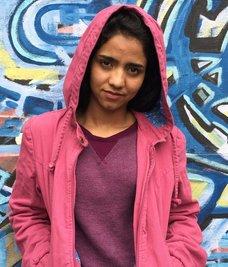 Rap müzikle mücadele eden Afgan kızı