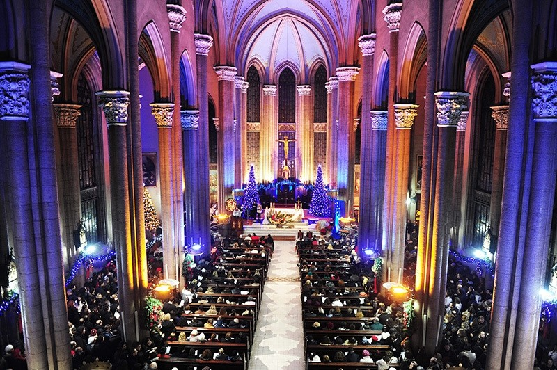 A Christmas ceremony is being held in Church of St. Anthony of Padua in 2012. (Photo: Sabah / Murat u015eengu00fcl)