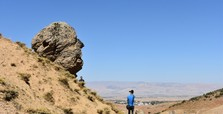 Rock resembling man's head to draw tourists to Turkey's Muş