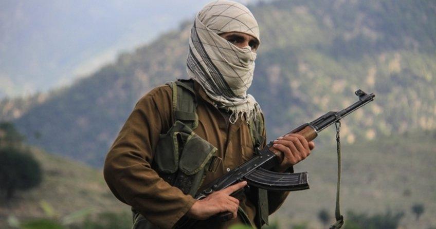 Taliban Afganistan'a saldırdı: 8 ölü