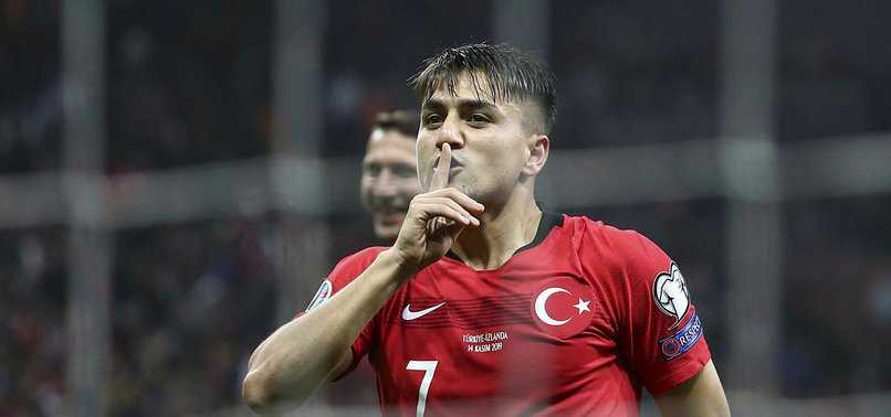 TURKEYS CENGIZ ÜNDER JOINS LEICESTER CITY ON LOAN