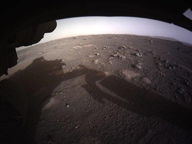NASA PERSEVERANCE'TAN GELEN MARS'IN YAKIN ÇEKİM FOTOĞRAFLARINI YAYIMLADI