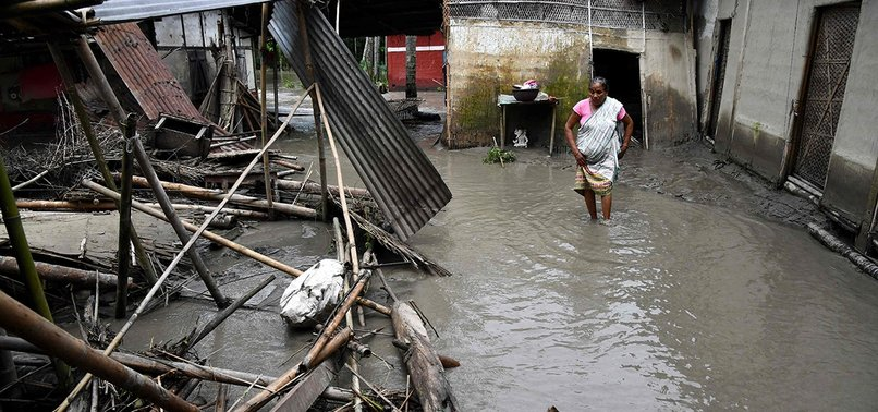 12 KILLED AS BUILDING COLLAPSES IN INDIA AFTER MONSOON RAINS