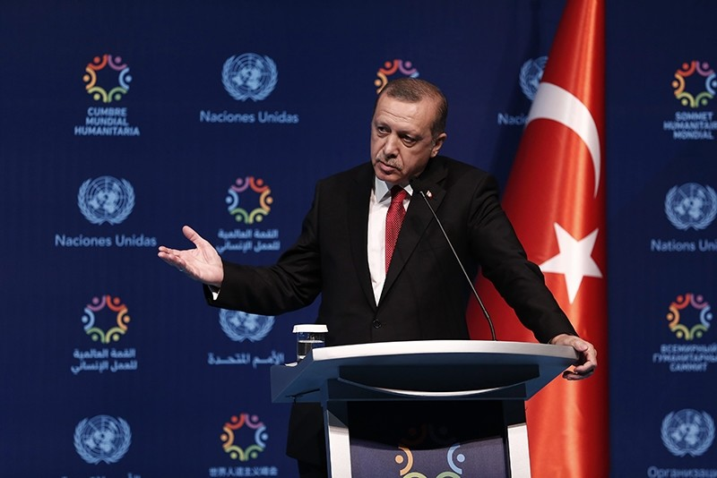 President Recep Tayyip Erdou011fan speaks during a press conference at the end of the World Humanitarian Summit at Dolmabahu00e7e Palace in Istanbul, Turkey, 24 May 2016. (EPA Photo)