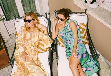 """Eda Franci&Seda Aksoy: """"Stildeki kilit unsur ayakkabı ve aksesuar"""""""