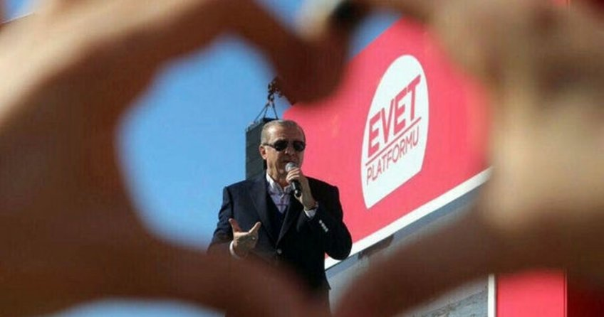 Cumhurbaşkanı Erdoğan'ın İzmir mitinginde ki fotoğrafı günün karesi oldu!