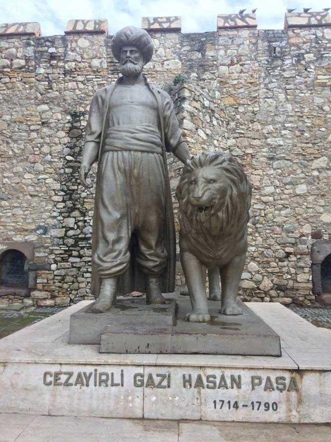 Cezayirli Hasan Paşa ile ilgili görsel sonucu