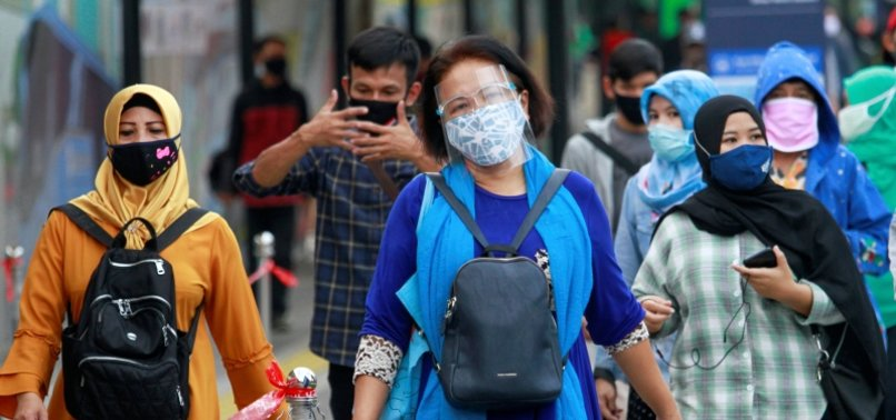 14.4% ADULTS ADDICTED TO INTERNET AMID VIRUS IN INDONESIA