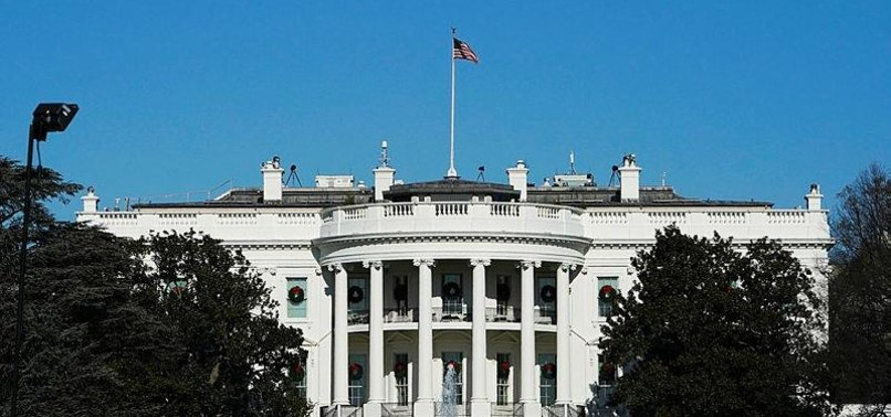 WHITE HOUSE BANS PERSONAL ELECTRONIC DEVICES IN PRESIDENTIAL OFFICES