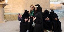Saudi Arabia to allow women in military positions