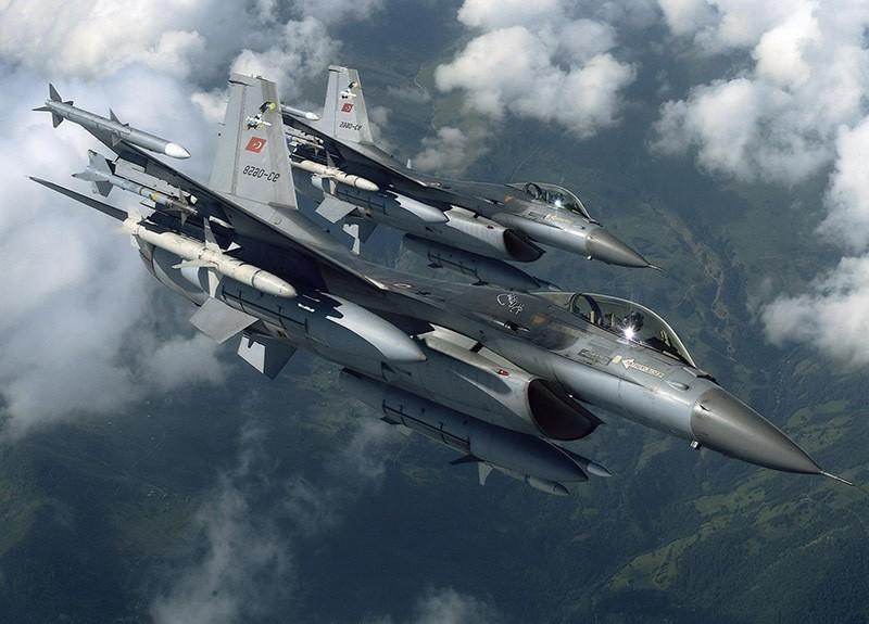 Turkish jets. (Sabah Photo)