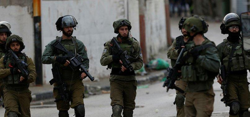 ISRAEL ARRESTS 6 PALESTINIANS IN WEST BANK