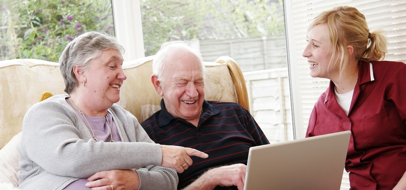 SOCIAL MEDIA MAY REDUCE DEPRESSION RISK FOR OLDER PEOPLE