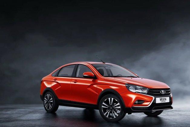 Yeni Lada Vesta Cross Sedan ortaya çıktı