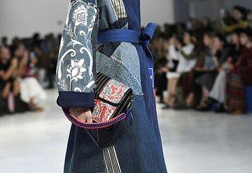 Milano Moda Haftası'ndan çanta trendleri