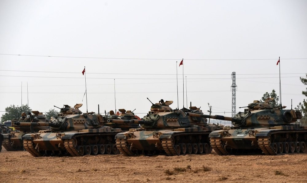 Turkish Army tanks standing in the southern region of Gaziantep, on August 25, 2016, just before the start of Operation Euphrates Shield, to clear Turkeyu2019s southern border of Daesh.