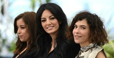 Cannes hails 'heartrending' film about unmarried mothers