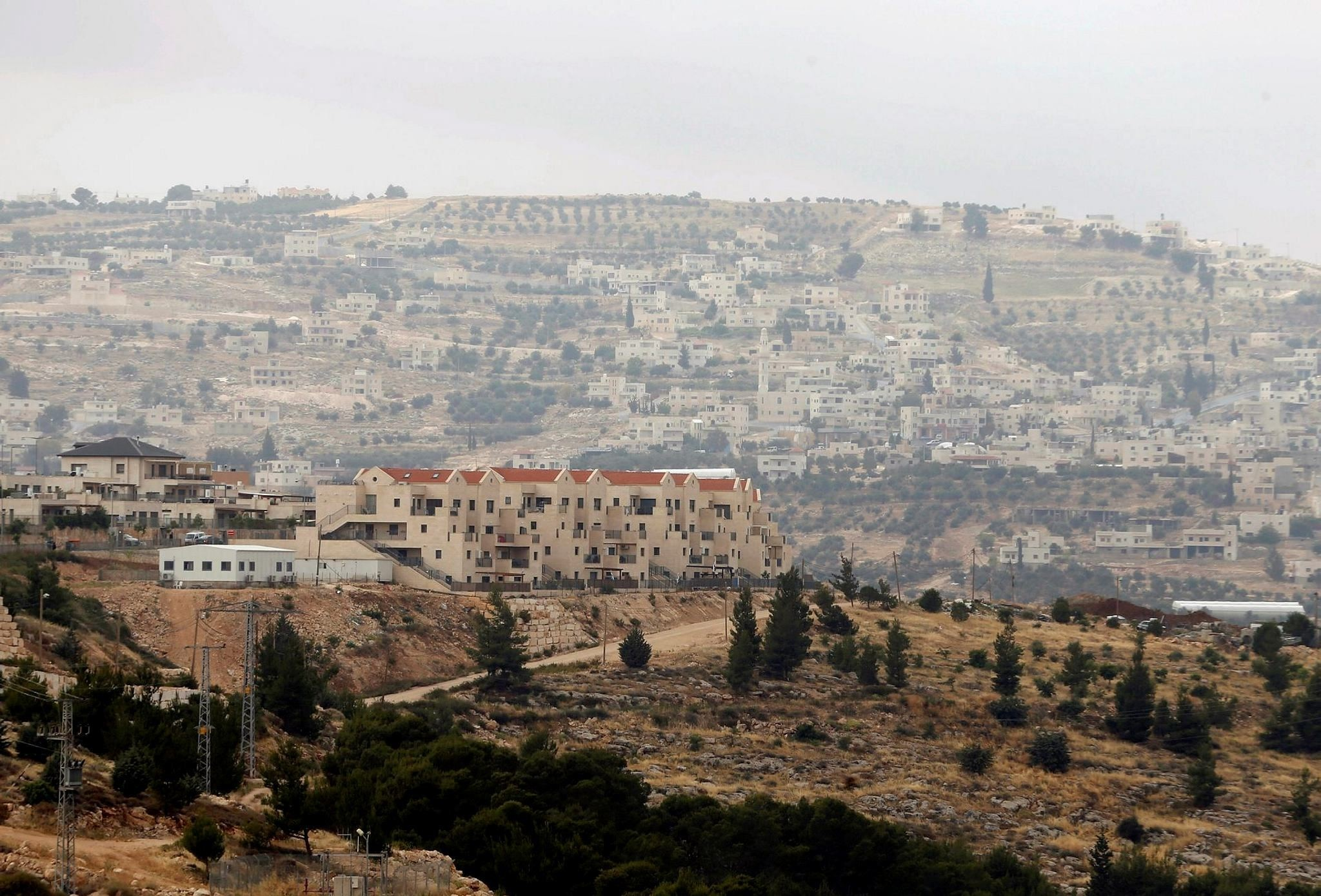 Houses are seen in the West Bank Jewish settlement of Tekoa, south of Bethlehem May 24, 2016. (Reuters Photo)