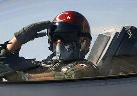 Son dakika haberi: TSK'dan ayrılan pilotlara yeniden istihdam hakkı!