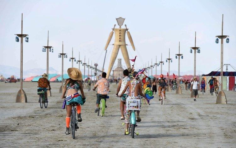 2020 Burning Man Festivali sanal ortamda yapılacak