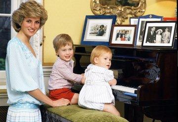 Prens Harry, Prenses Diana Hakkında Bir Hikaye Yazdı
