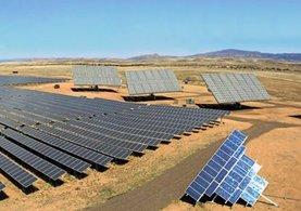 Türkiye'nin ilk çöl tipi güneş paneli fabrikası açılıyor