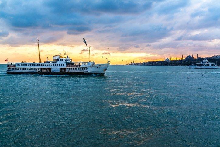 Essentials of Bosphorus tour: Turkish tea, simit on board ferry