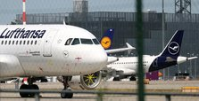 Lufthansa reports 2-billion-euro net profit loss in first quarter
