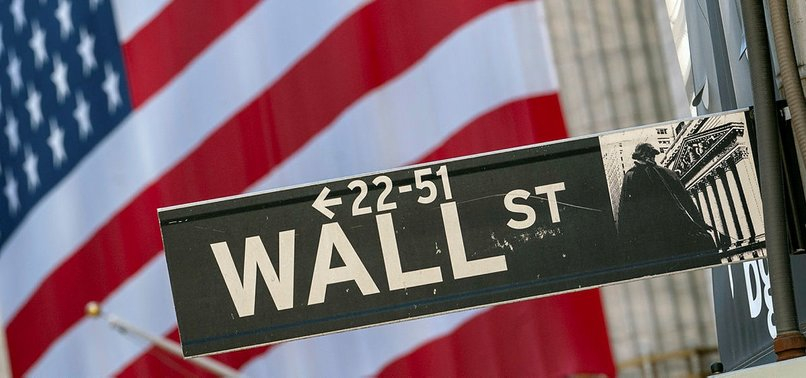WALL ST CLOSES DOWN ON SOARING VIRUS CASES, U.S. STIMULUS WORRIES