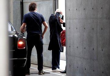 Kapalı kapılar ardında: Armani defilesi!