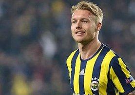 Fenerbahçe Kjaer'i Sevilla'ya sattı