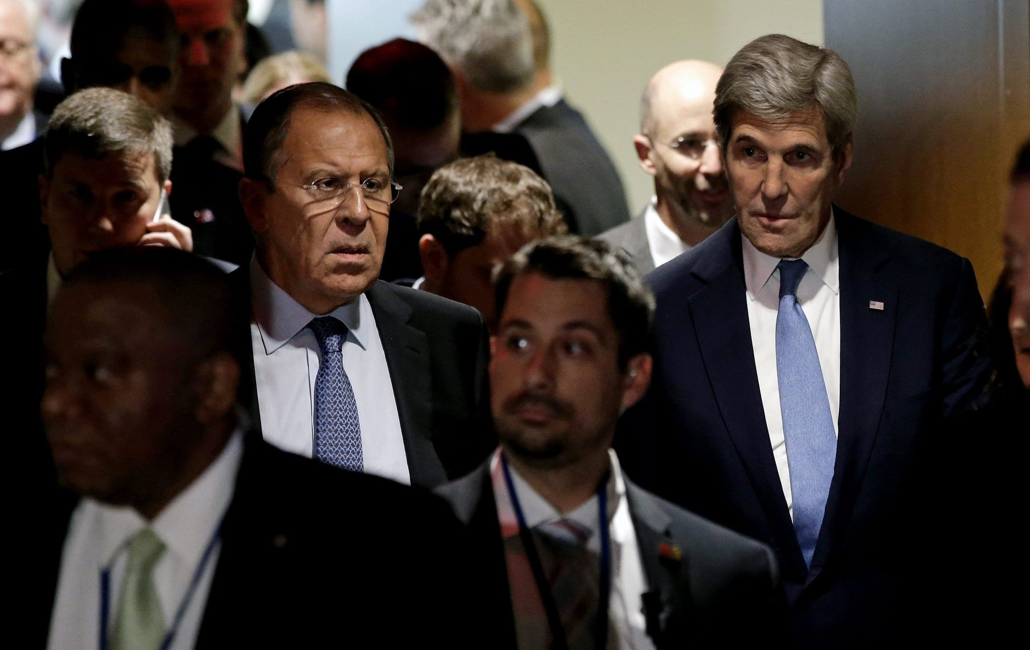 file picture dated 22 September 2016 shows John Kerry (R), US Secretary of State and Sergei Lavrov (C), Russian Minister of Foreign Affairs exiting after a meeting of the E3 + 3 in the security council chambers. (EPA Photo)