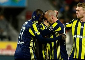 Galatasaray'dan Fenerbahçe'ye büyük çalım!