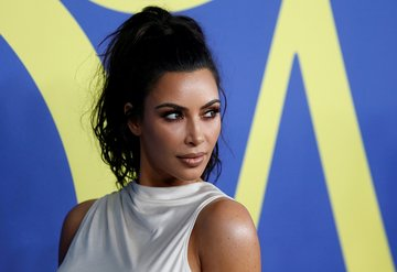 Kim Kardashian, evini terk etti!