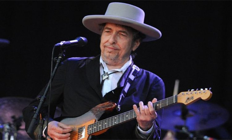 Bob Dylan'dan yeni şarkı sürprizi!