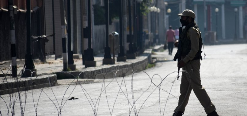 POLICE IN KASHMIR PROBE CLAIMS OF STAGED ARMY GUNBATTLE