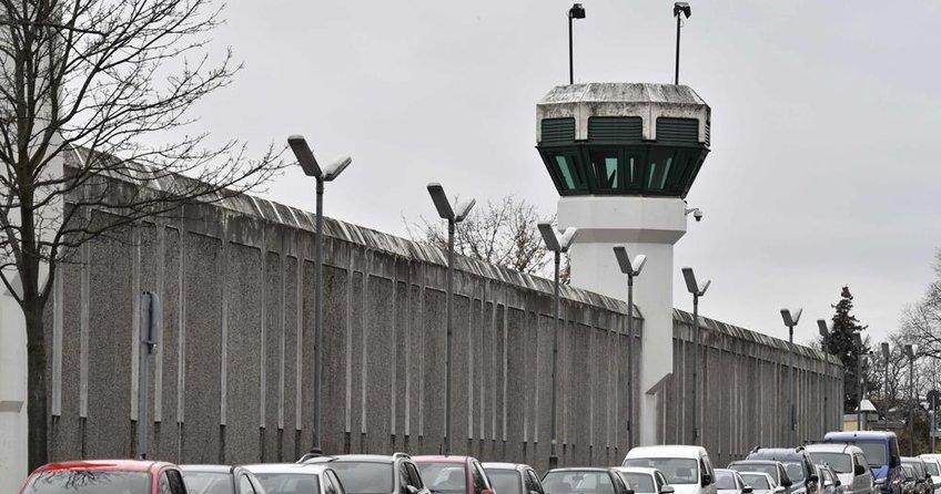 Berlinde cezaevinden dört mahkum kaçtı